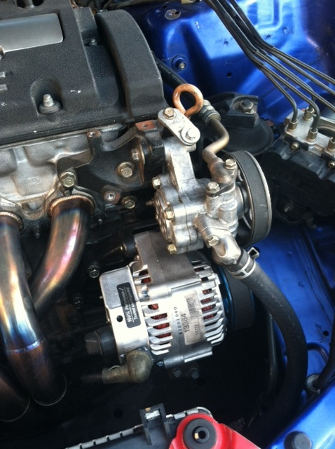 engine bay clean-up with PS reserv. tuck!-12.jpg