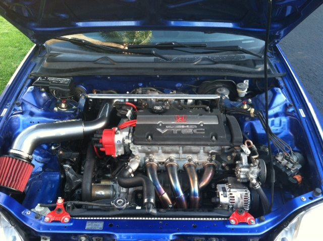 engine bay clean-up with PS reserv. tuck!-4.jpg