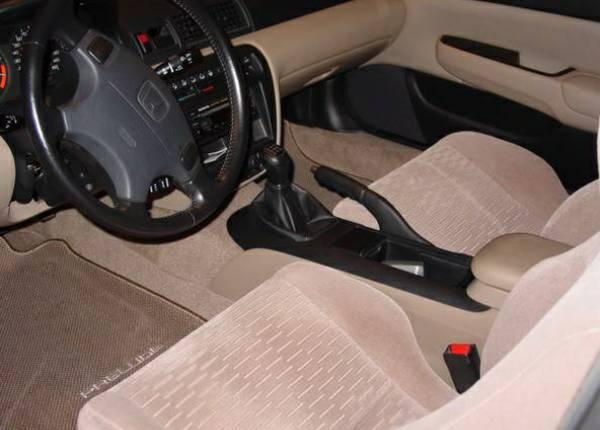 New to Hondas from Virginia-preludeinterior.jpg